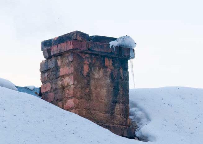 ice-damage-chimney